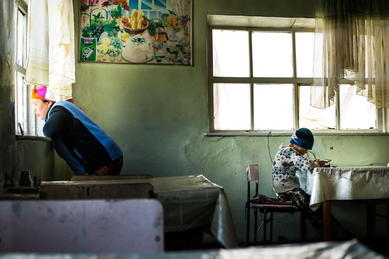route vallée d'allai restaurant ouzbekistan kirghizstan ex-URSS Asie centrale olivier octobre photographe documentaire reportage