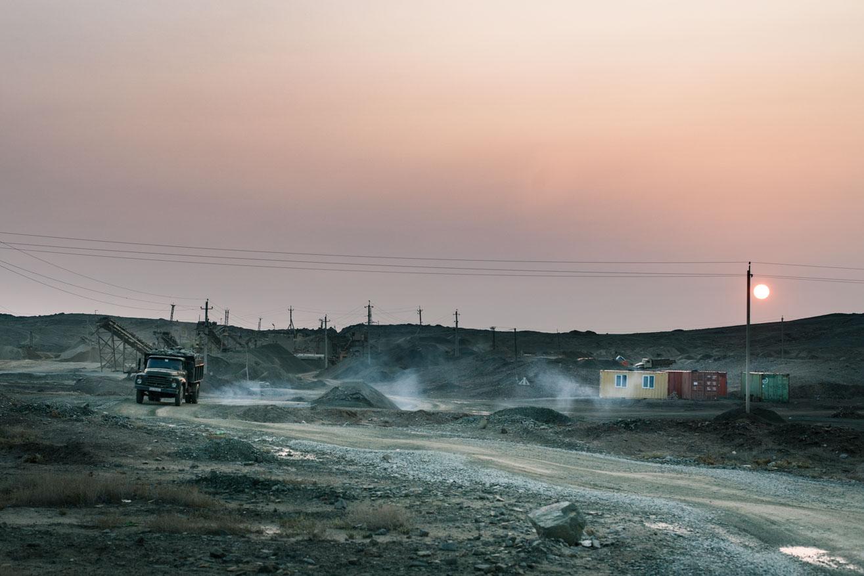 camion carrière ouzbekistan kirghizstan ex-URSS Asie centrale olivier octobre photographe documentaire reportage